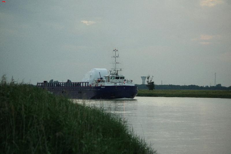 Belouga XL la traversée de Rochefort Imgp9611