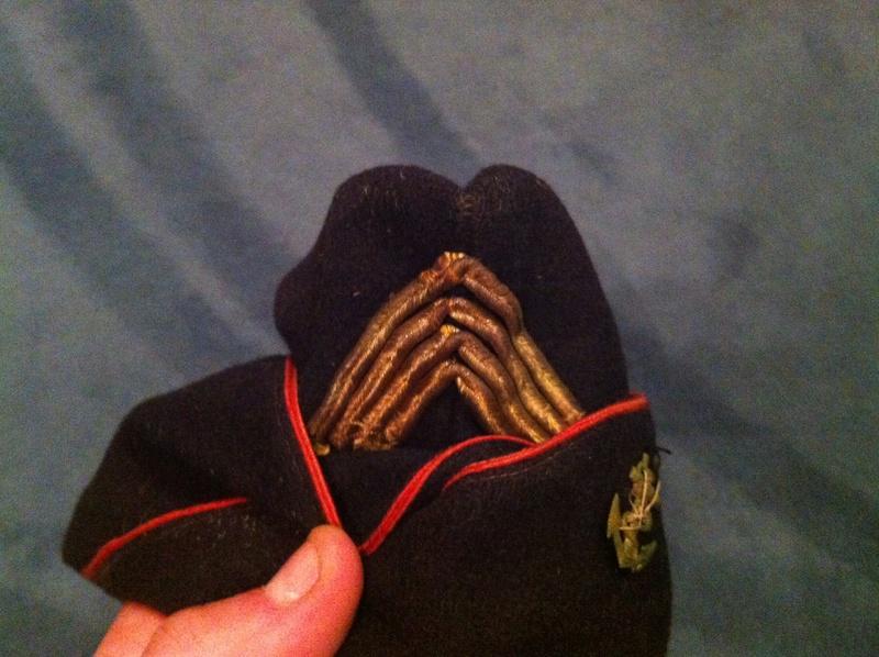 deux calots troupe de marine WW2 ou indochine? Img_8218