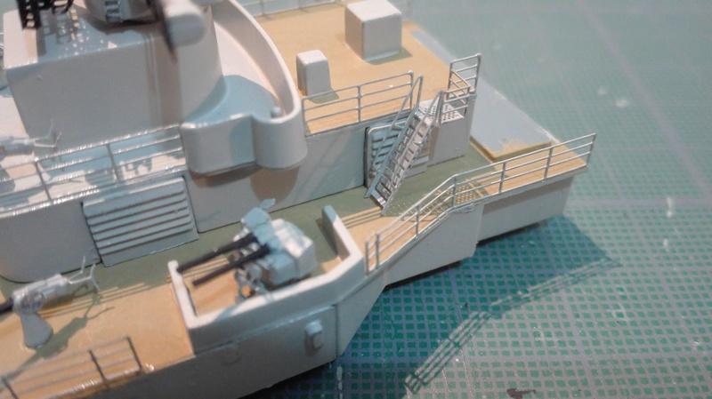 Bismarck par HellCat76 1/350 Academy, kit eduard - Page 8 Img-2012