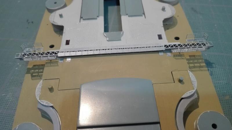 Bismarck par HellCat76 1/350 Academy, kit eduard - Page 8 Img_2014