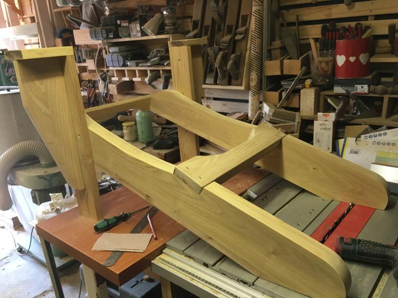 Adirondack, réalisation de 3 fauteuils de jardin - Page 2 Img_2031