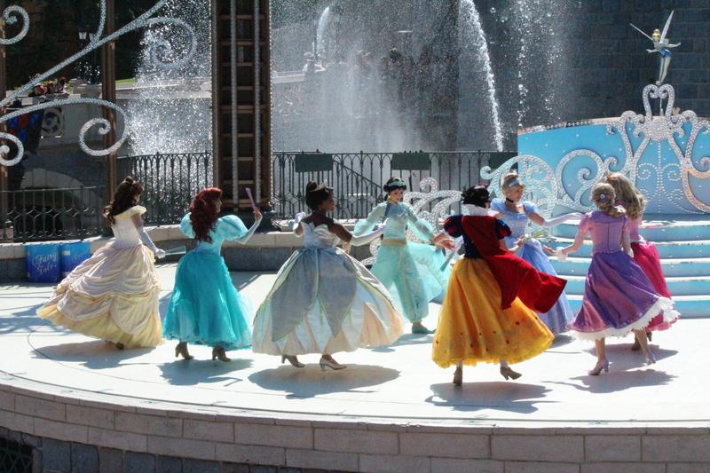Vos photos avec les Personnages Disney - Page 2 Img_2710