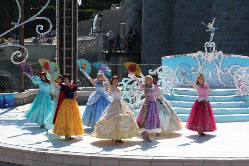 Vos photos avec les Personnages Disney - Page 2 Img_2711