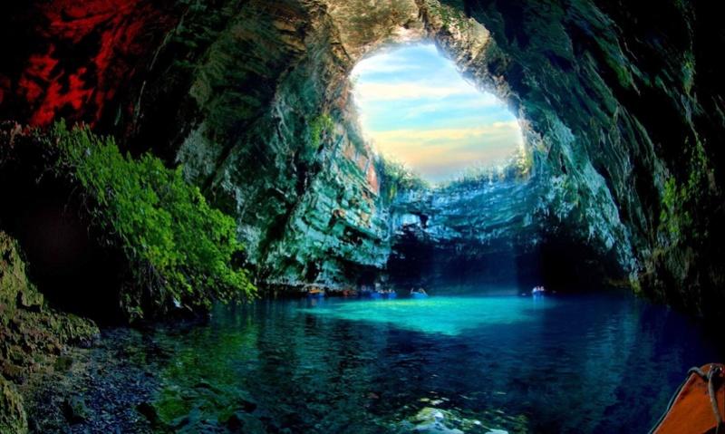 Découvrez les plus incroyables grottes du monde. 113