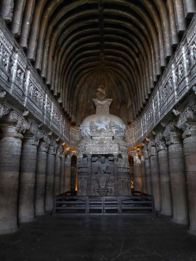 Découvrez les plus incroyables grottes du monde. 1410