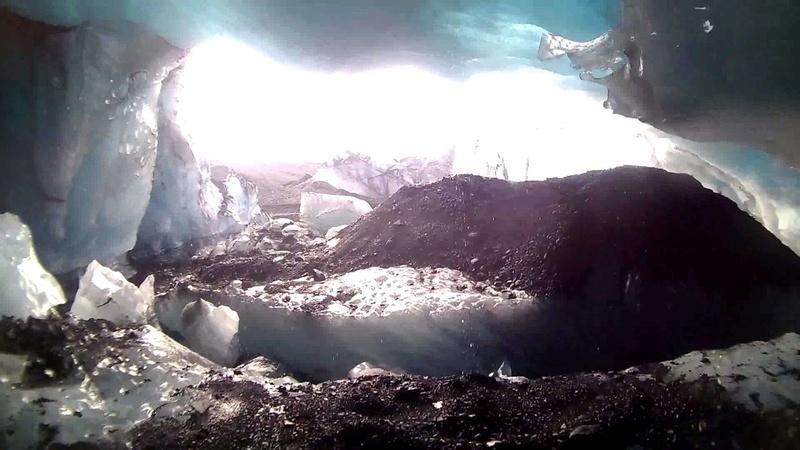 Découvrez les plus incroyables grottes du monde. 2010
