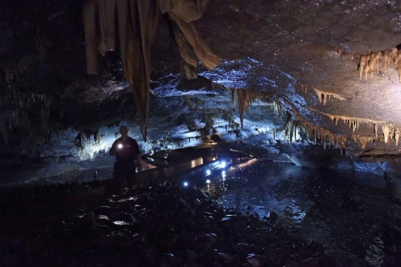 Découvrez les plus incroyables grottes du monde. 711