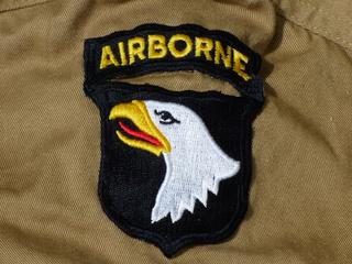 [U.S.A.] Private du 501st PIR, 101st Airborne, après la prise de Carentan, Normandie, France (12 Juin 1944) P1060222