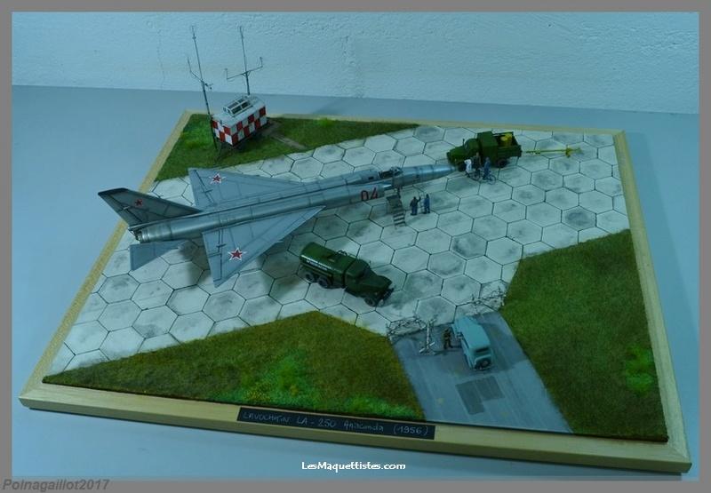 Lavochkin LA  250 Anaconda. Le diorama - Page 9 010_8016