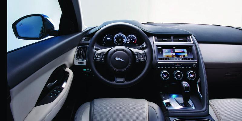 2017 - [Jaguar] E-Pace - Page 4 2018-j31