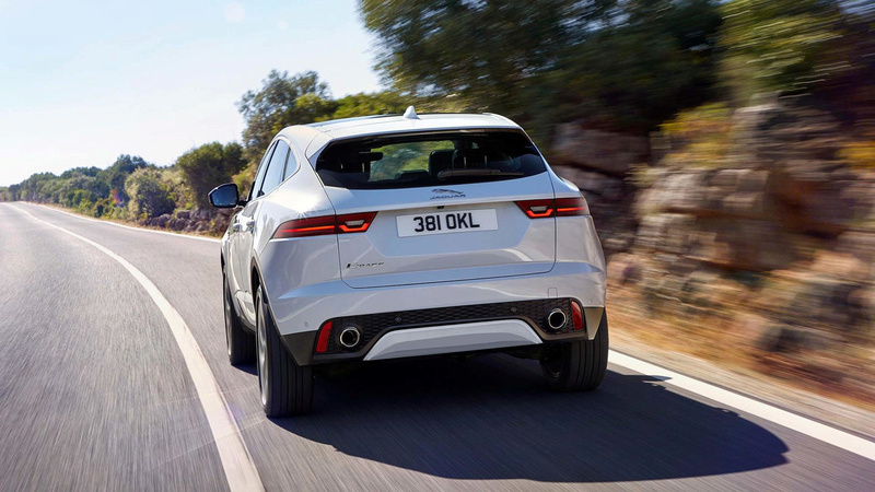 2017 - [Jaguar] E-Pace - Page 4 2018-j39