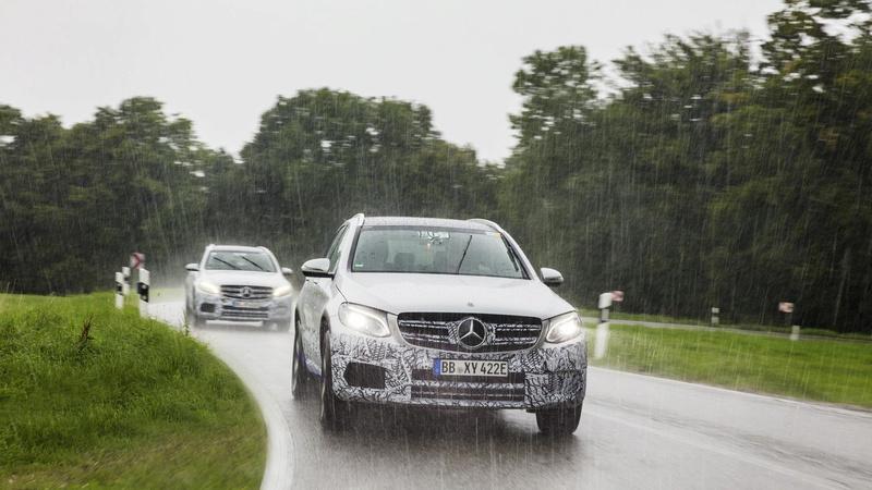 2015 - [Mercedes] GLC (GLK II) [X205] - Page 16 2018-m17