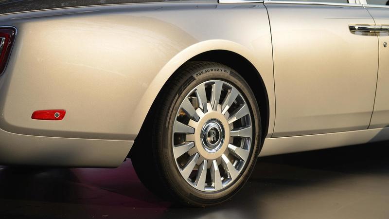 2017 - [Rolls Royce] Phantom - Page 4 2018-r16