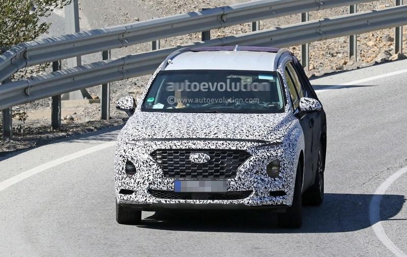 2018 - [Hyundai] Santa Fe IV 2019-h10