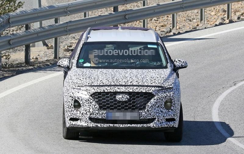 2018 - [Hyundai] Santa Fe IV 2019-h13