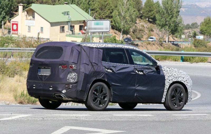 2018 - [Hyundai] Santa Fe IV 2019-h19