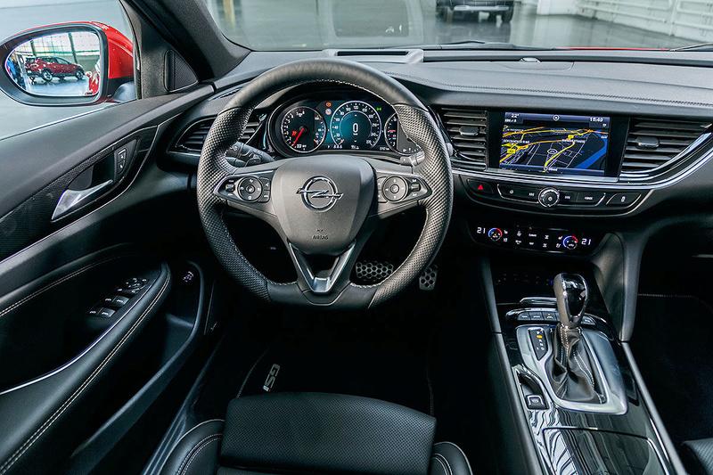 2017 - [Opel] Insignia Grand Sport [E2JO] - Page 32 2913ab10
