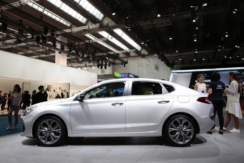 2017 - [Hyundai] i30 Fastback - Page 2 39055910