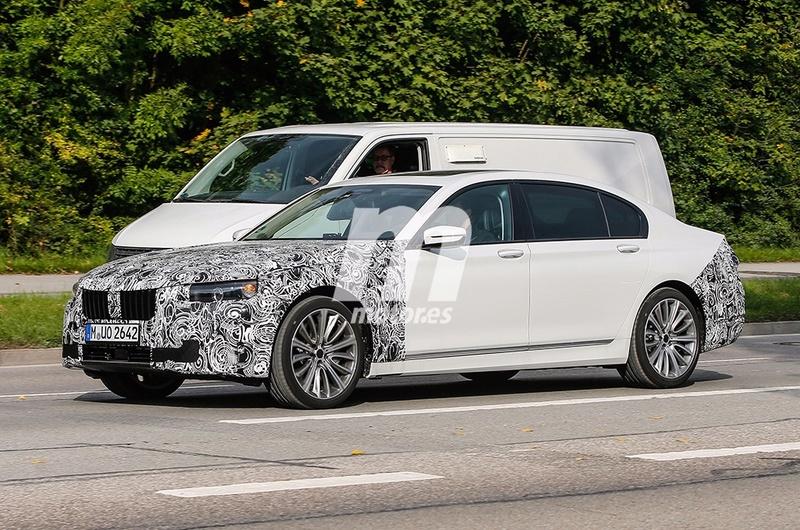 2019 - [BMW] Série 7 restylée  5d0d4210