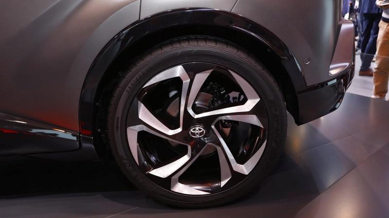2016 - [Toyota] C-HR - Page 9 65c09910