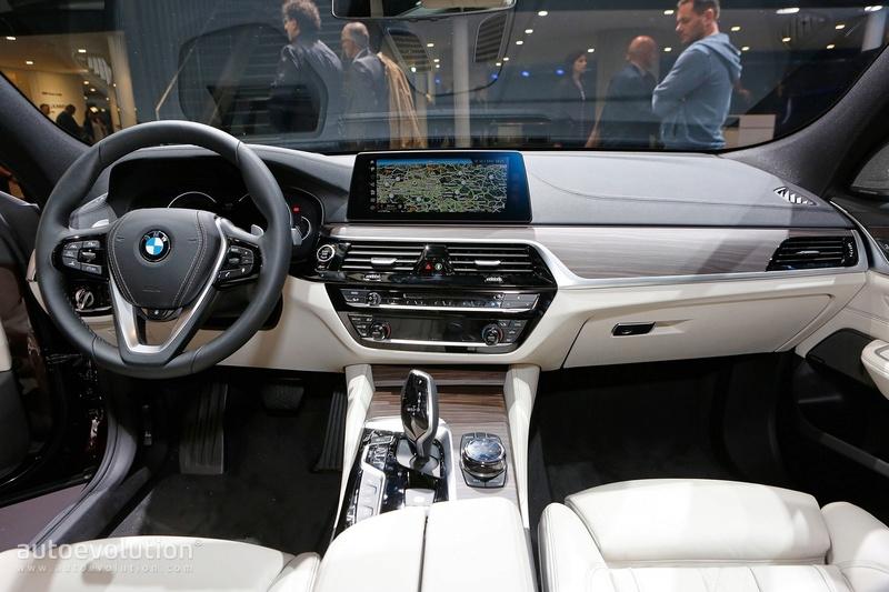 2017 - [BMW] Série 6 GT (G32) - Page 7 78cae010