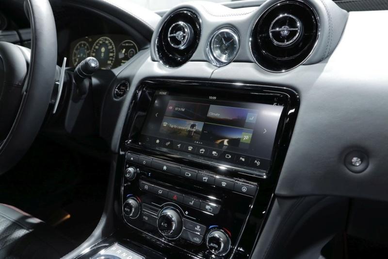 2015 - [Jaguar] XJ Restylée - Page 3 87b36710