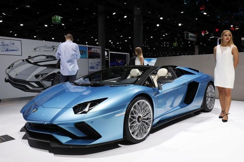 2011 - [Lamborghini] Aventador LP700-4 - Page 26 89039010