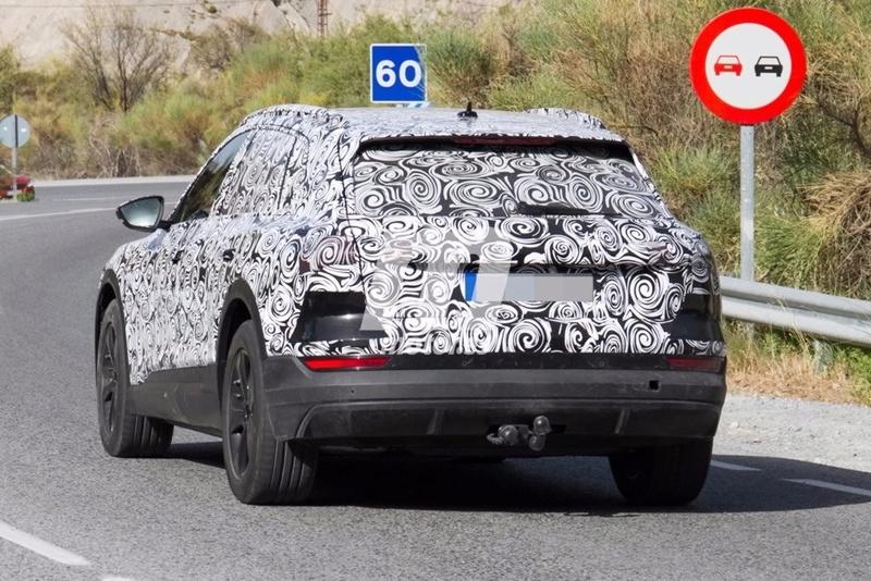 2018 [Audi] E-Tron Quattro Audi-e19