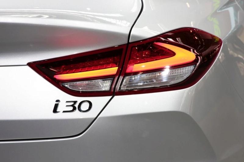 2017 - [Hyundai] i30 Fastback - Page 2 B3c2f010