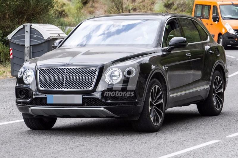 2015 - [Bentley] Bentayga - Page 11 Bentle23