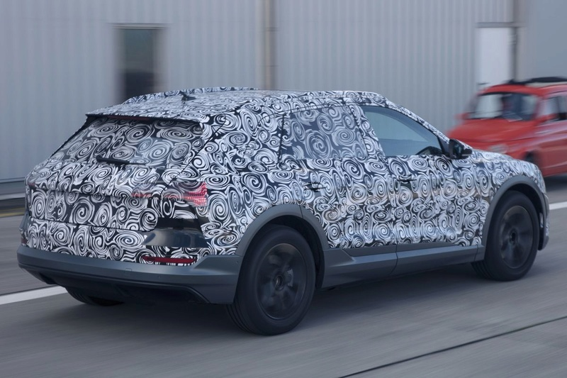 2018 [Audi] E-Tron Quattro C47yt510