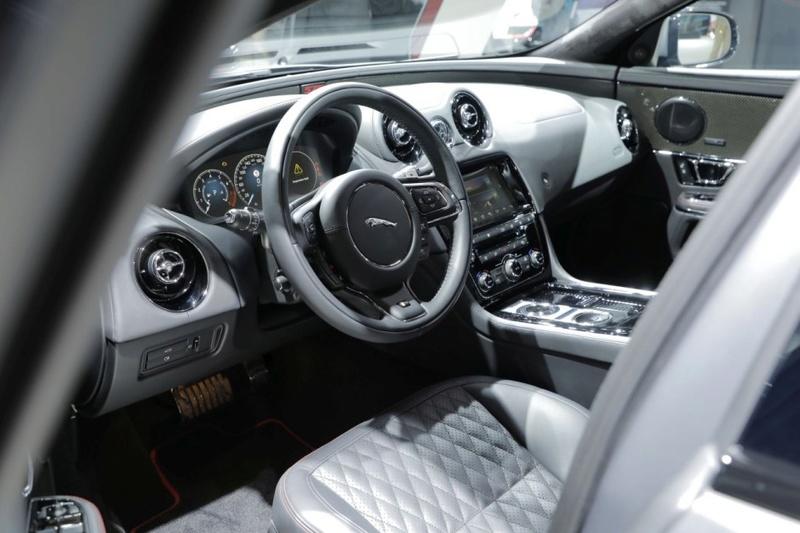 2015 - [Jaguar] XJ Restylée - Page 3 Ca8db410