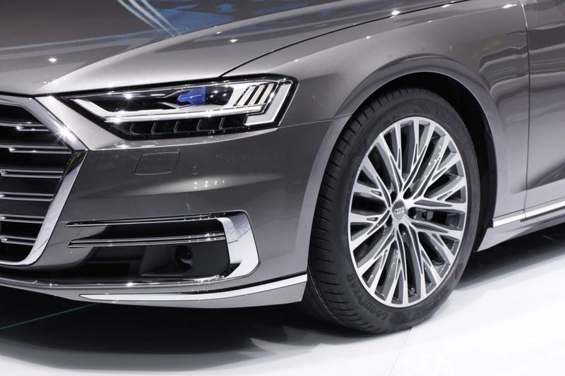 2017 - [Audi] A8 [D5] - Page 12 D3677210