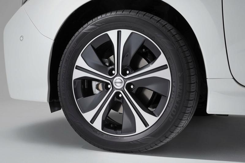 2017 - [Nissan] Leaf II - Page 6 D8d0c110