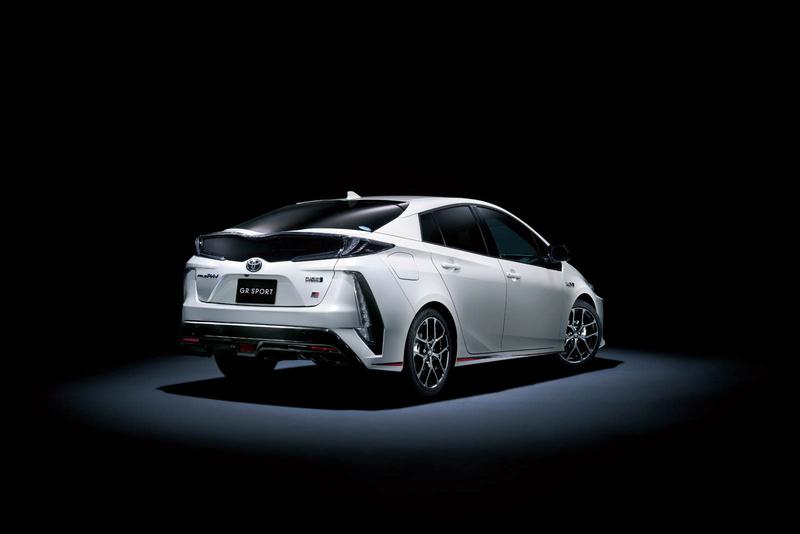 2016 - [Toyota] Prius IV - Page 14 Da256f10