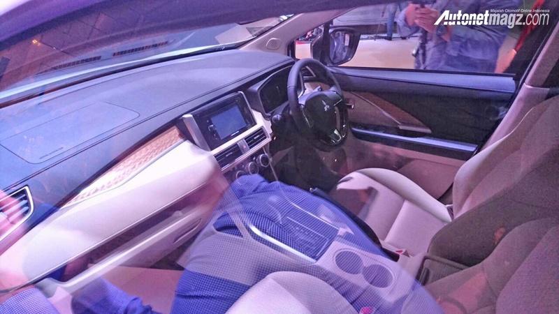 2017 - [Mitsubishi] Xpander Dashbo10