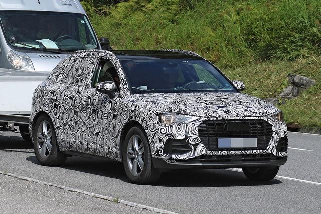 2018 - [Audi] Q3 II - Page 3 Erlkoe18