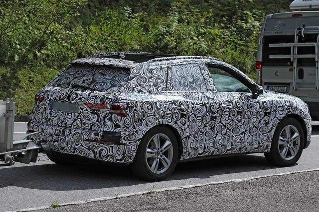 2018 - [Audi] Q3 II - Page 3 Erlkoe24