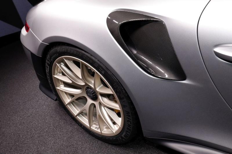 2015 - [Porsche] 911 Restylée [991] - Page 11 F15aff10