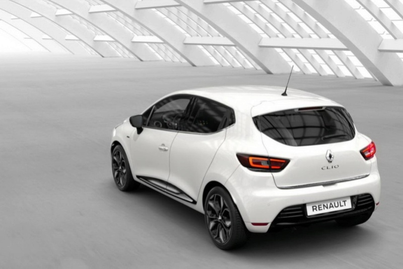 2016 - [Renault] Clio IV restylée - Page 9 F32a1a10