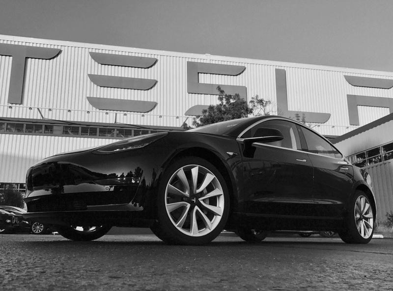 2016 - [Tesla] Model III - Page 7 First-10