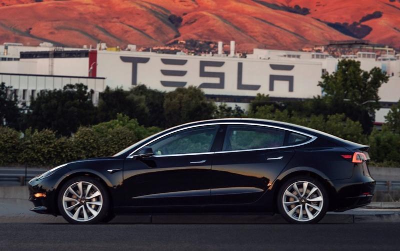 2016 - [Tesla] Model III - Page 7 First-11