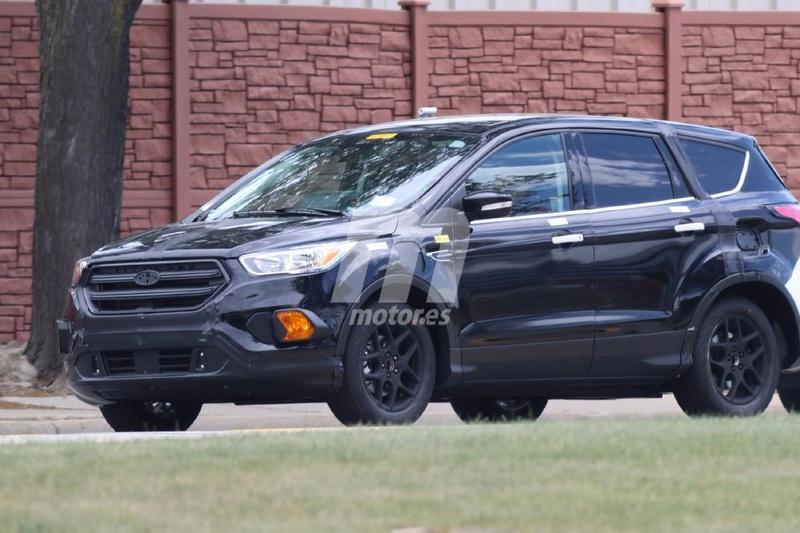 2018 - [Ford] Kuga III Ford-e10