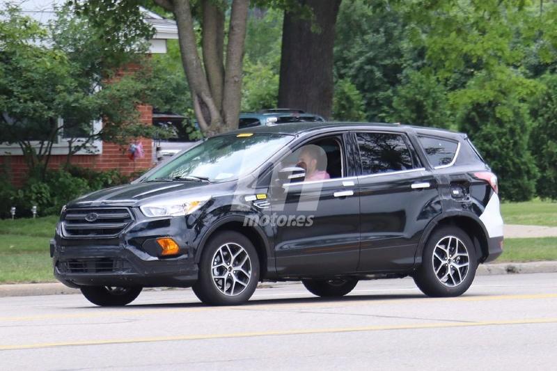 2018 - [Ford] Kuga III Ford-e15