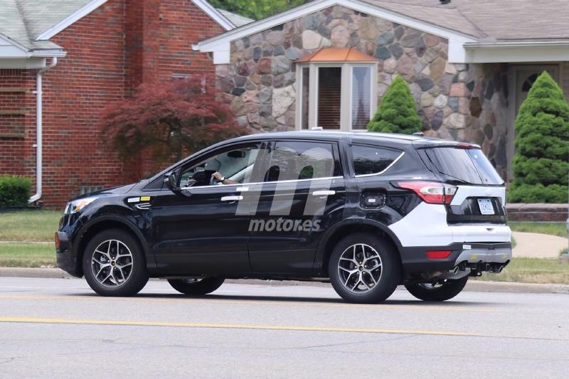 2018 - [Ford] Kuga III Ford-e20