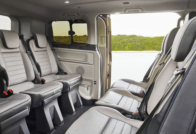2017 - [Ford] Tourneo/Transit restylé - Page 2 Ford-t16