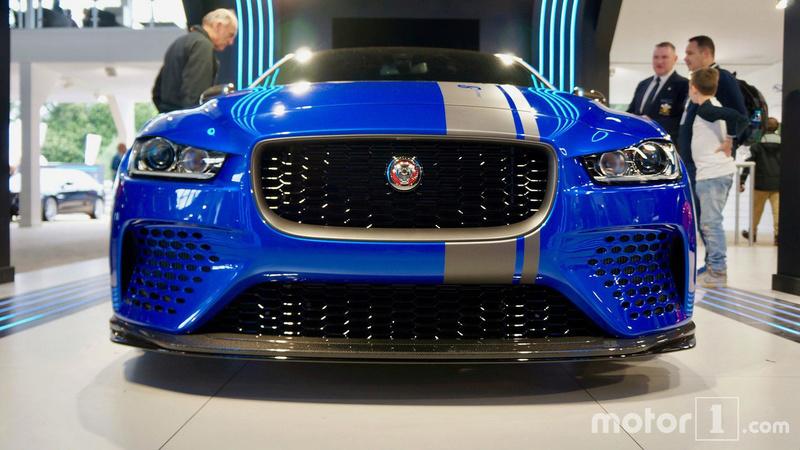 2014 - [Jaguar] XE [X760] - Page 22 Jaguar47