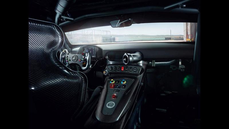 2014 - [Mercedes-AMG] GT [C190] - Page 30 Merced86