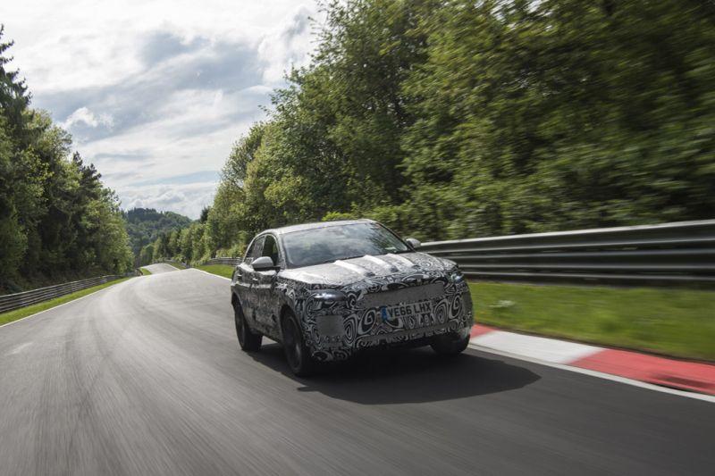 2017 - [Jaguar] E-Pace - Page 4 Or5y3t10