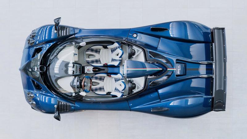 2009 - [Pagani] Zonda F Cinque (Coupé & Roadster) Pagani13